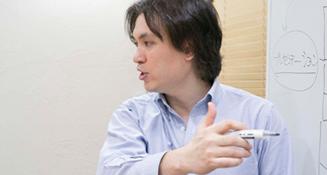 山田 明裕